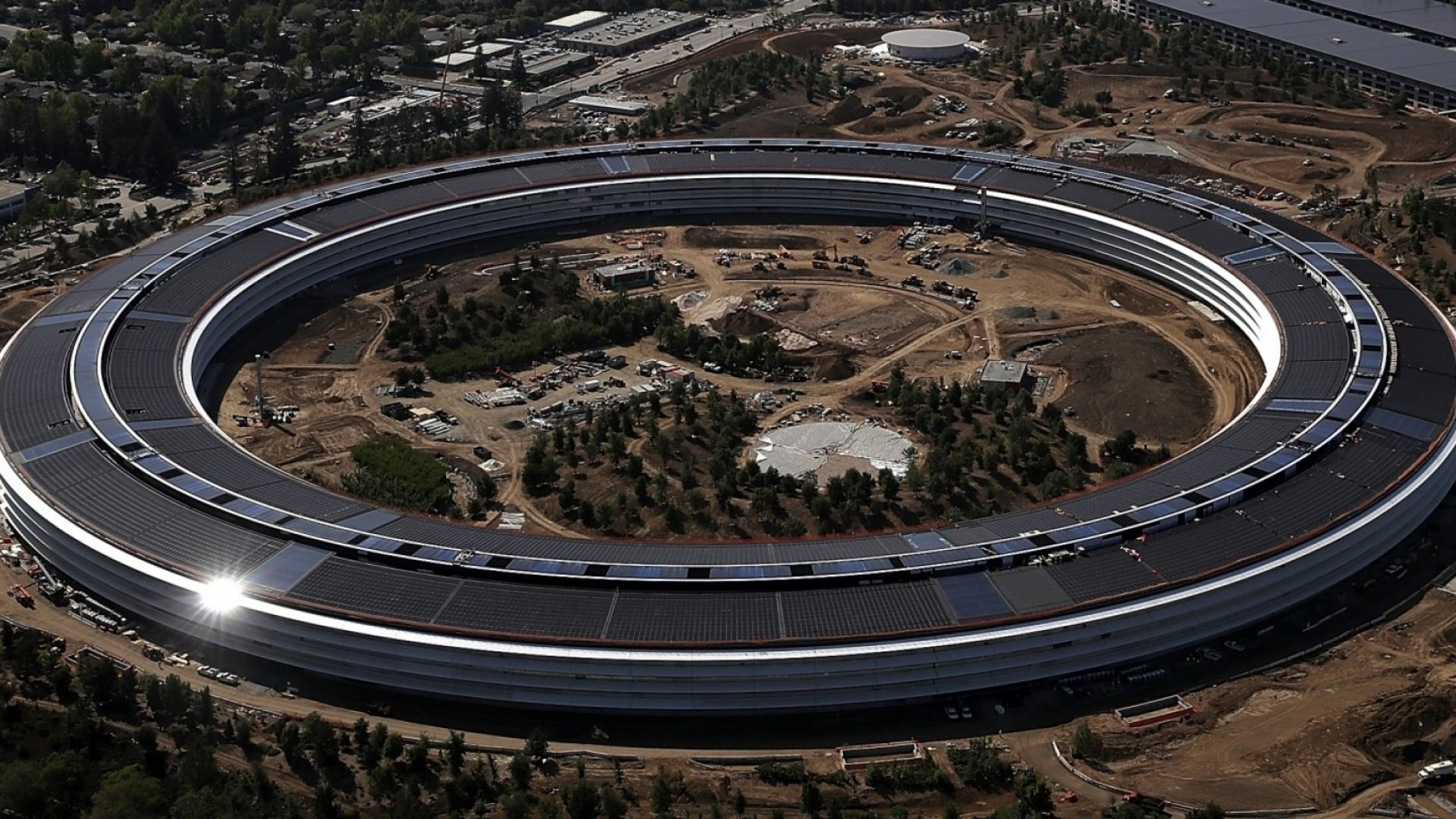 An aerial view of the new Apple headquarters on April 28, 2017 in Cupertino, California. Apple's new 175-acre 'spaceship' campus dubbed 'Apple Park' is nearing completion and is set to begin moving in Apple employees.