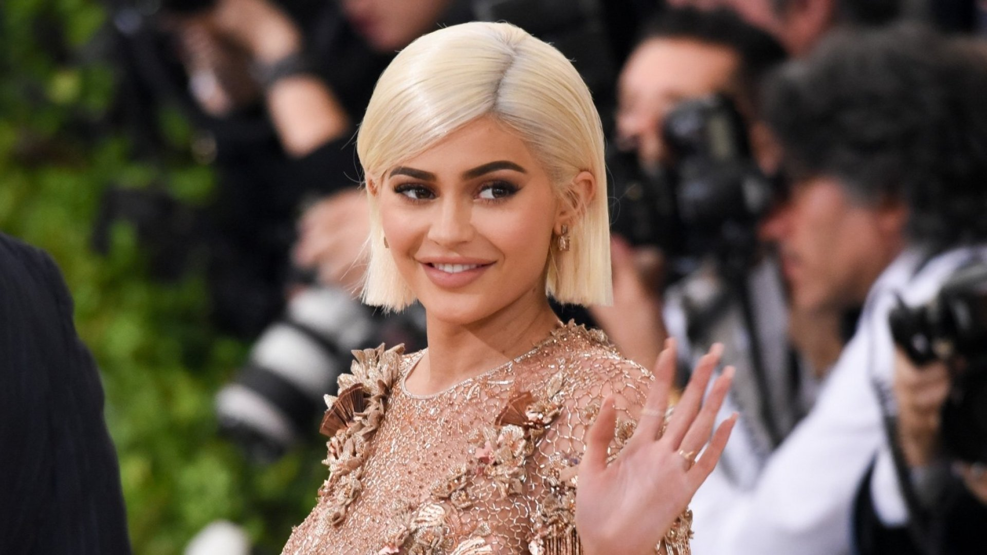 Kylie Jenner Just Taught Snapchat a $1.3 Billion Lesson (and It Only Took 1 Tweet)