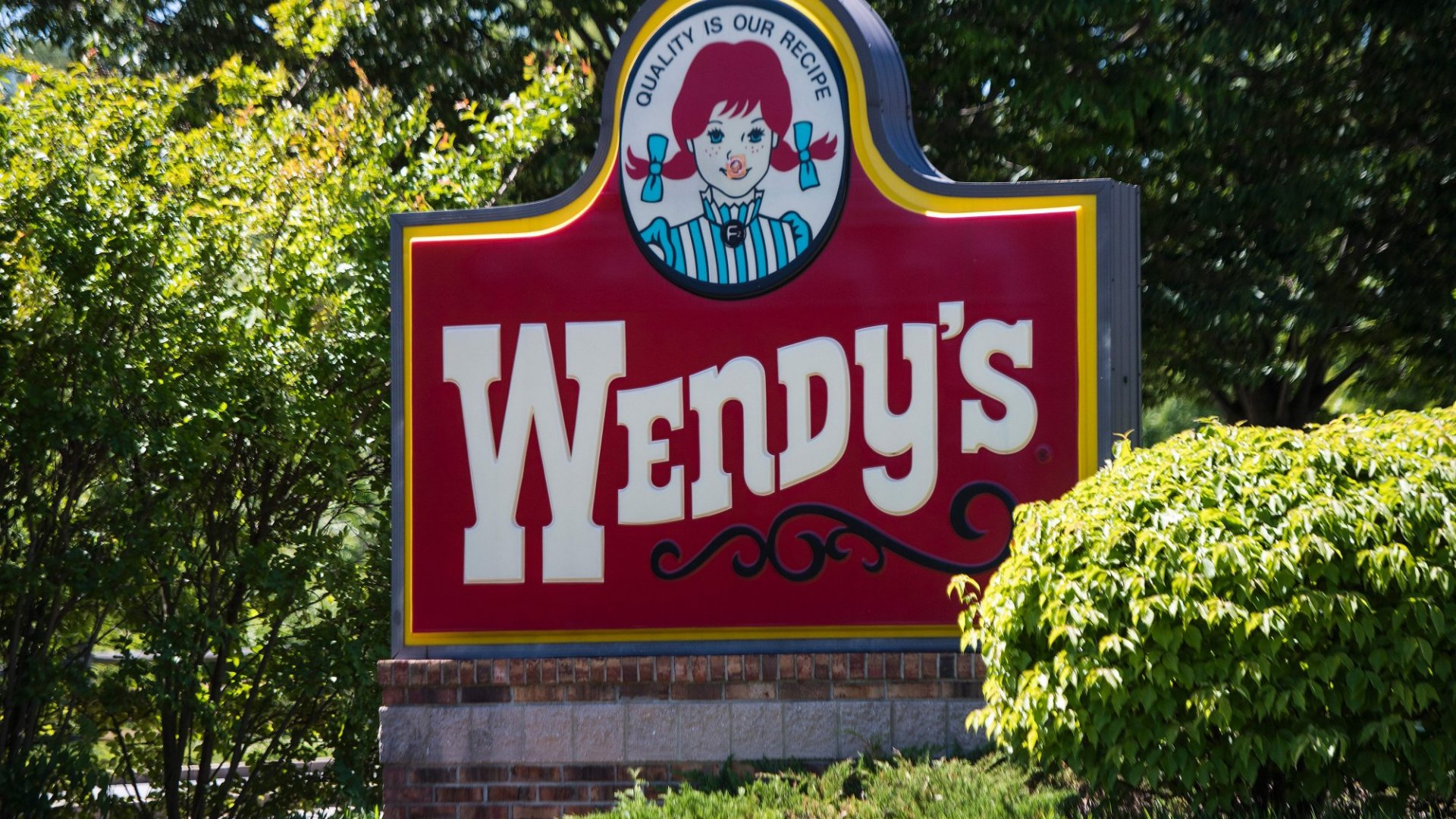 Wendy's Can't Stop Trolling McDonald's On Twitter. Here's the Latest Burn
