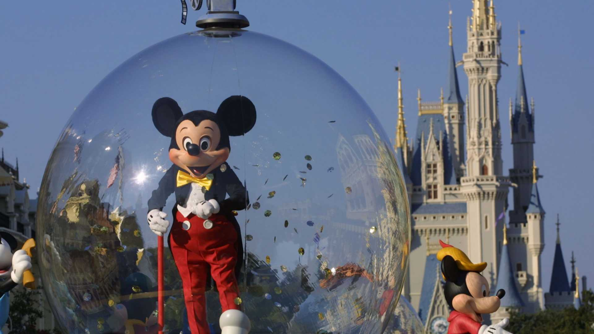 5 Incredible Lessons Your Business Should Learn From Disney