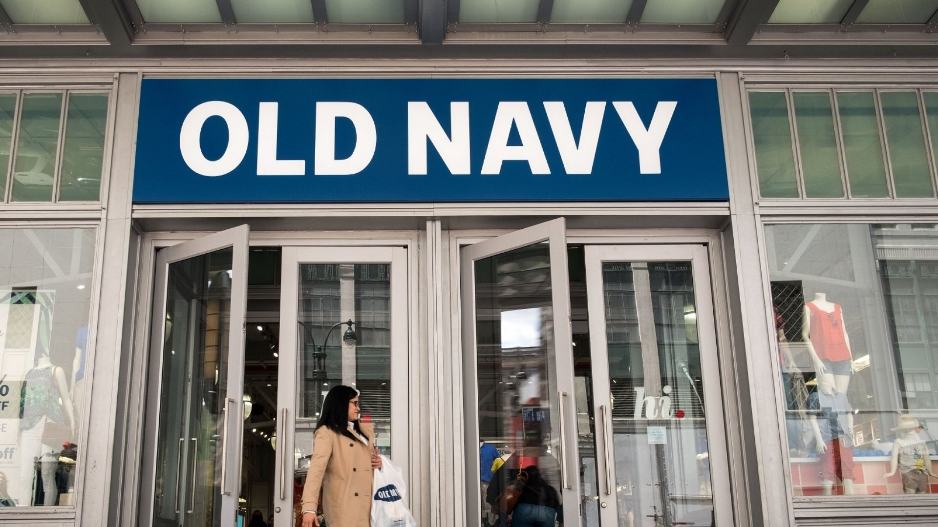 Old Navy Just Made a Huge Announcement. Is It Brilliant or a Huge Mistake?