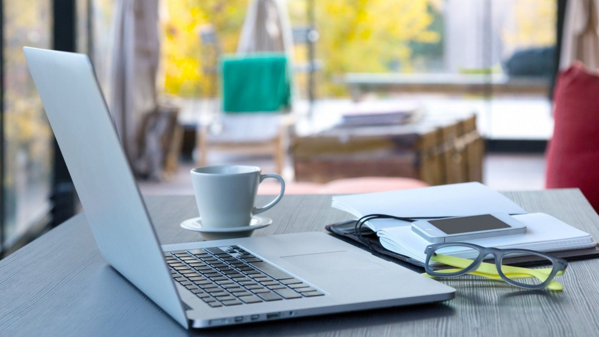 Need to Create the Perfect Work From Home Policy? These 3 Sentences Are All You Need