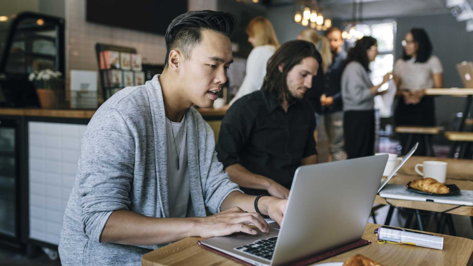 Thinking About Using Remote Workers? See This First