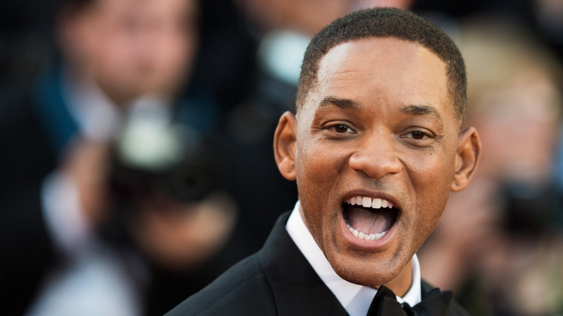 Will Smith Jumping Out of a Helicopter Over the Grand Canyon Shows the Perfect Way to Produce Remarkable Customer Experiences