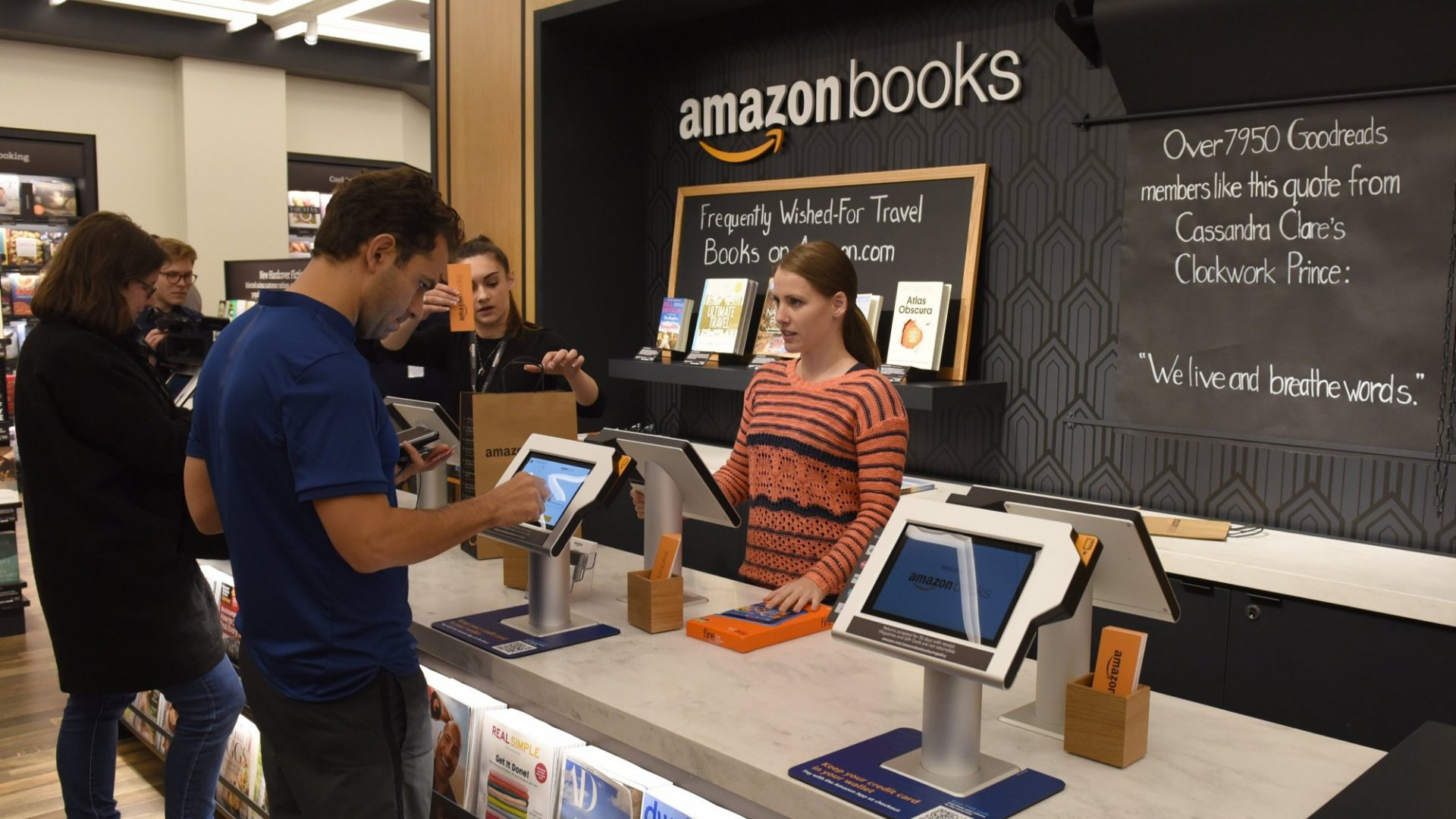 What Do The Future of Bookstores Look Like? Amazon Just Showed Us (And It's Awesome)