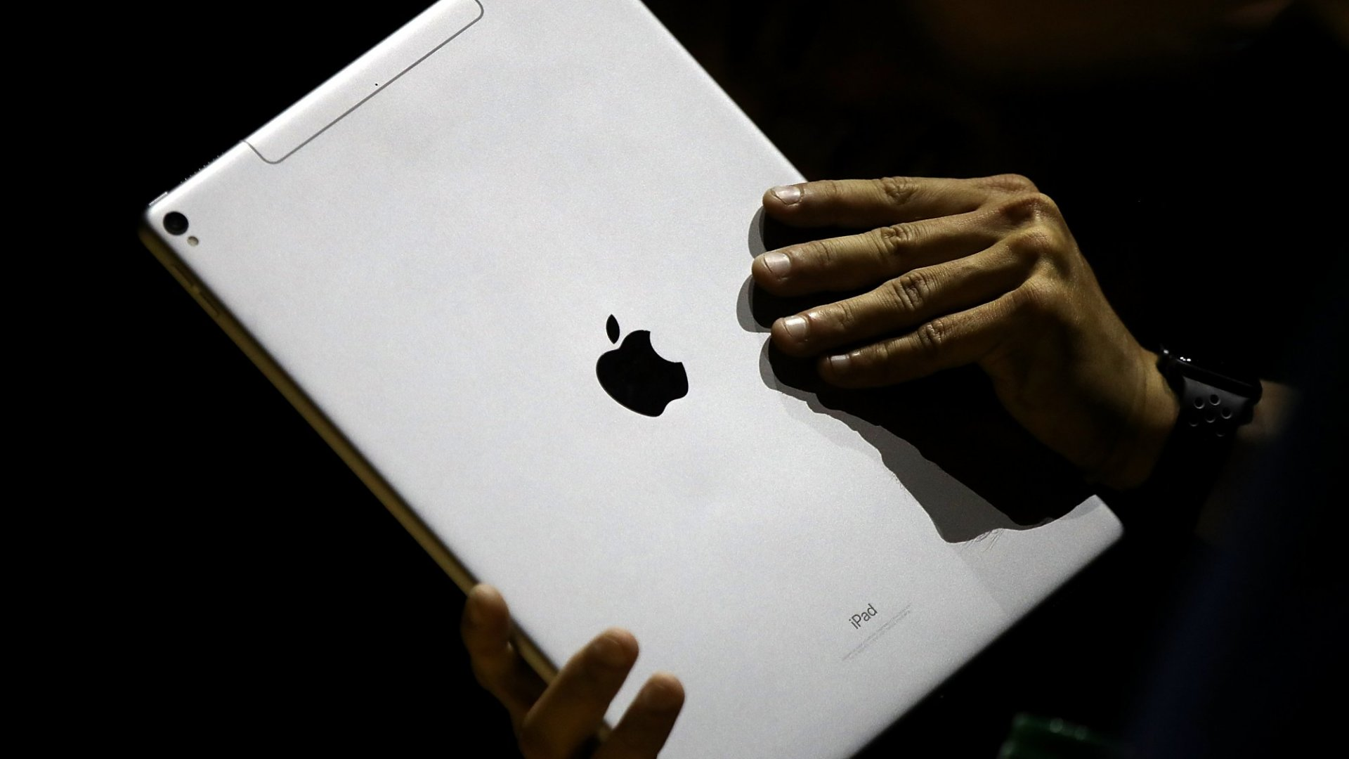 Retailers Are Selling the Apple iPad at a Steep Discount Right Now. Here's Why You Should Buy One