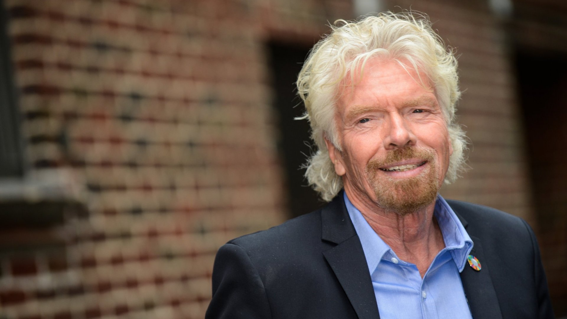 Richard Branson Uses This 1 Simple Trick to Keep Meetings Short and Focused. (You'll Kick Yourself for Not Thinking of This)