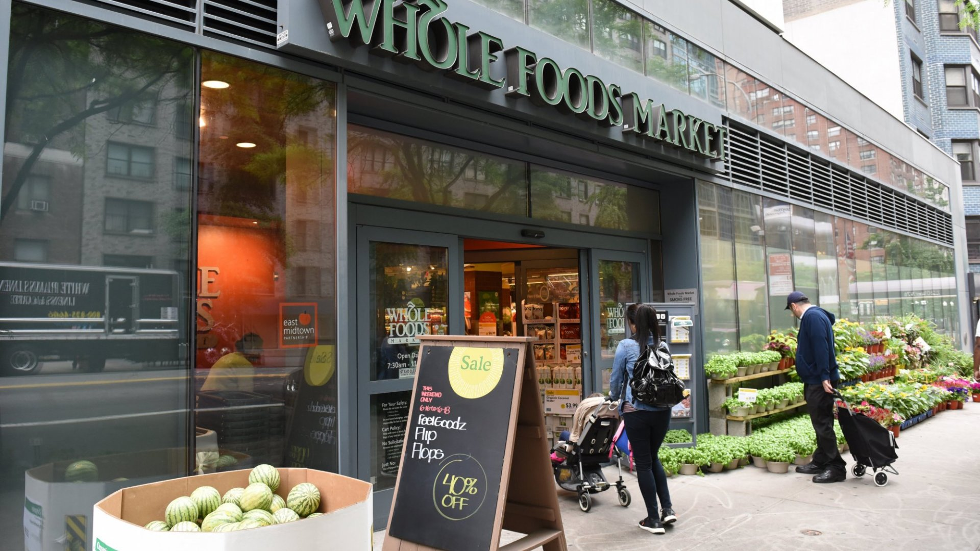 Jeff Bezos's Whole Foods Ambition: What Does it Mean for Amazon?