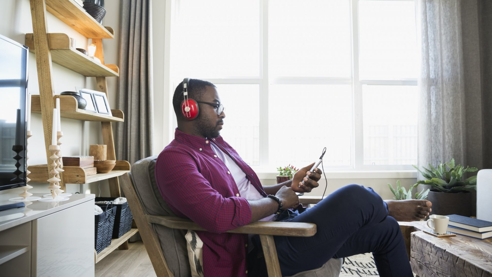 7 Podcasts to Add to Your Weekly Schedule