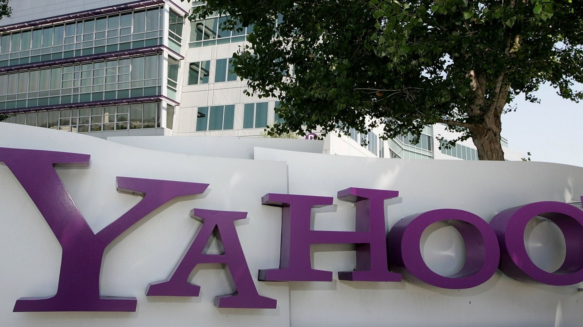 If You Had a Yahoo Account in 2013, Hackers May Have Your Phone Number and Home Address