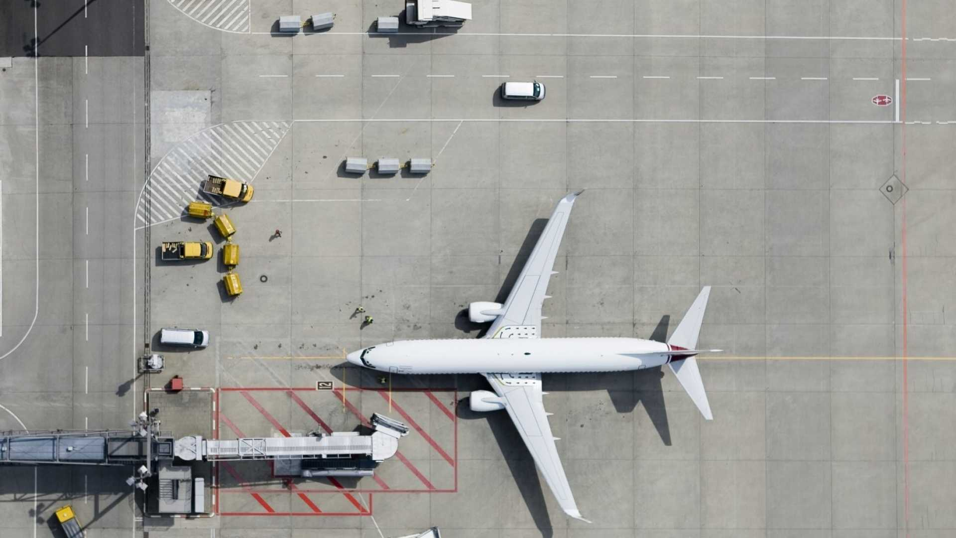Nervous Flyer? Consider These 7 Facts the Next Time You Travel for Business