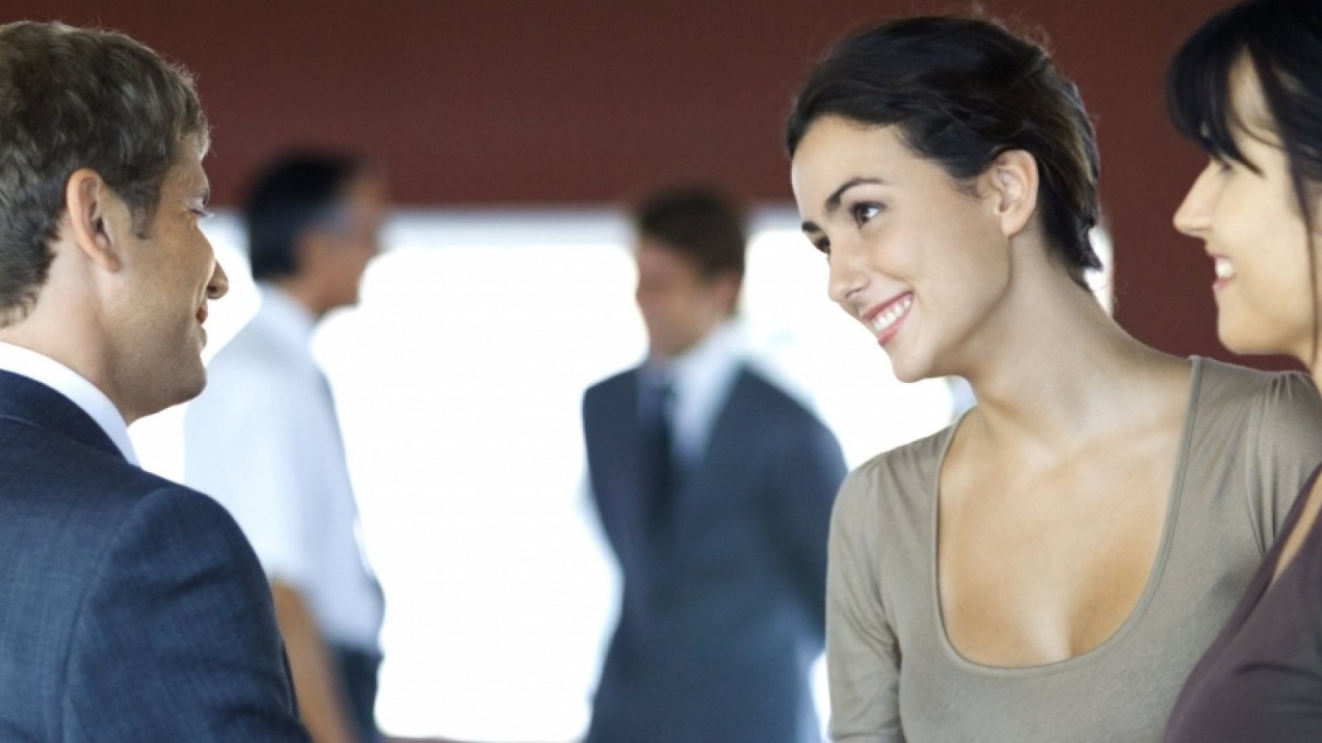 7 Things Remarkably Likable People Do