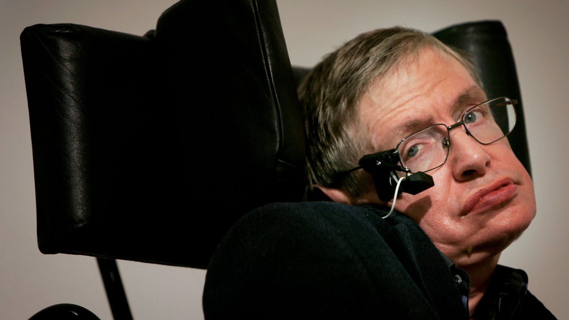 Why Stephen Hawking Says Brexit Will Be Bad for Business