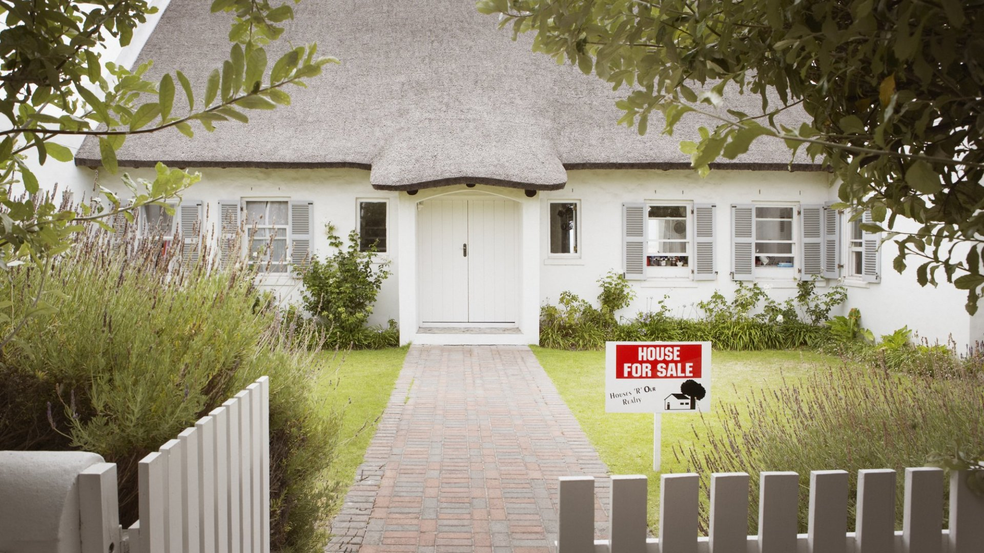 Millennials Aren't Buying Homes. Here's Why