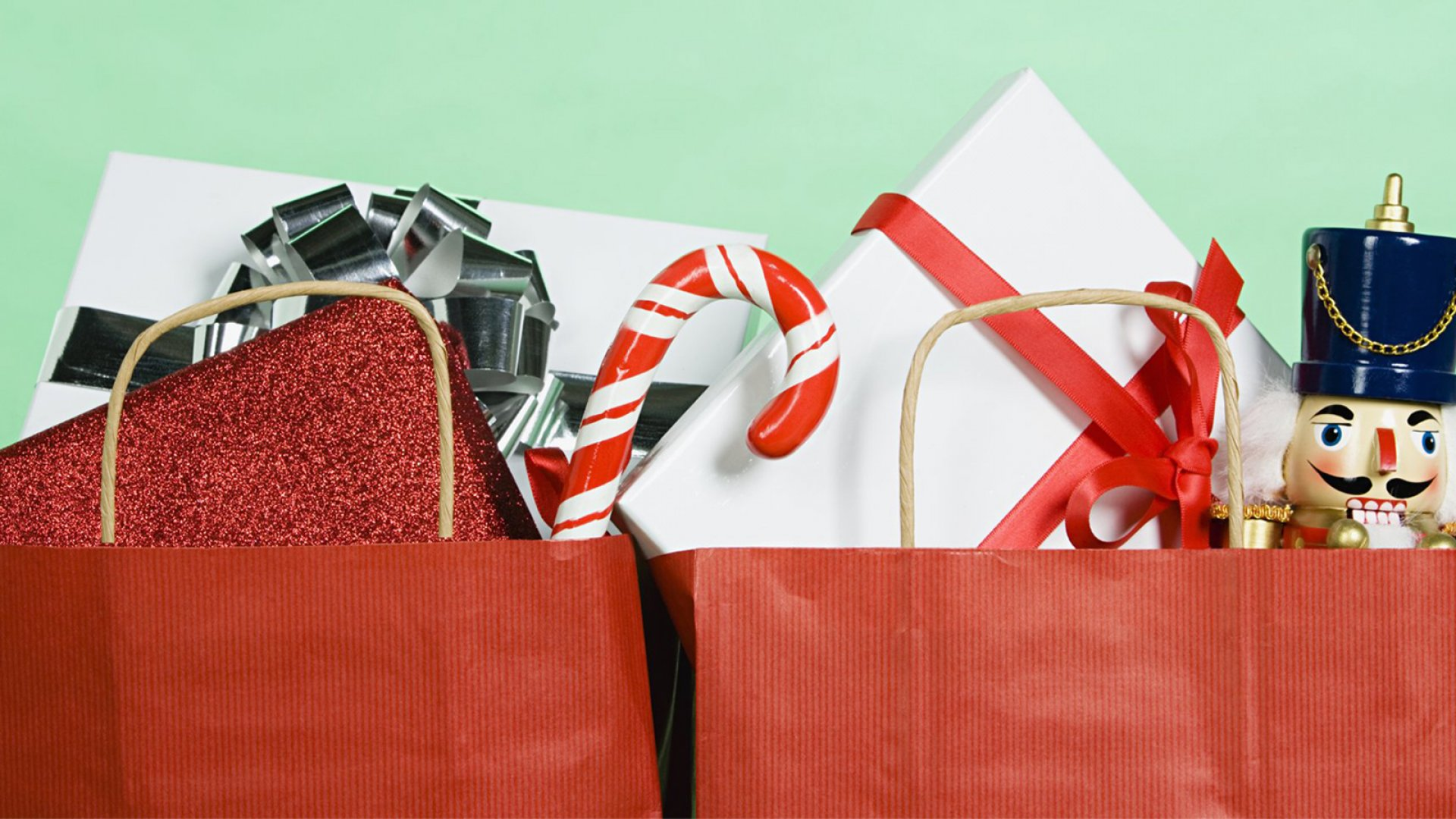6 Ways to Reel in Last-Minute Holiday Shoppers