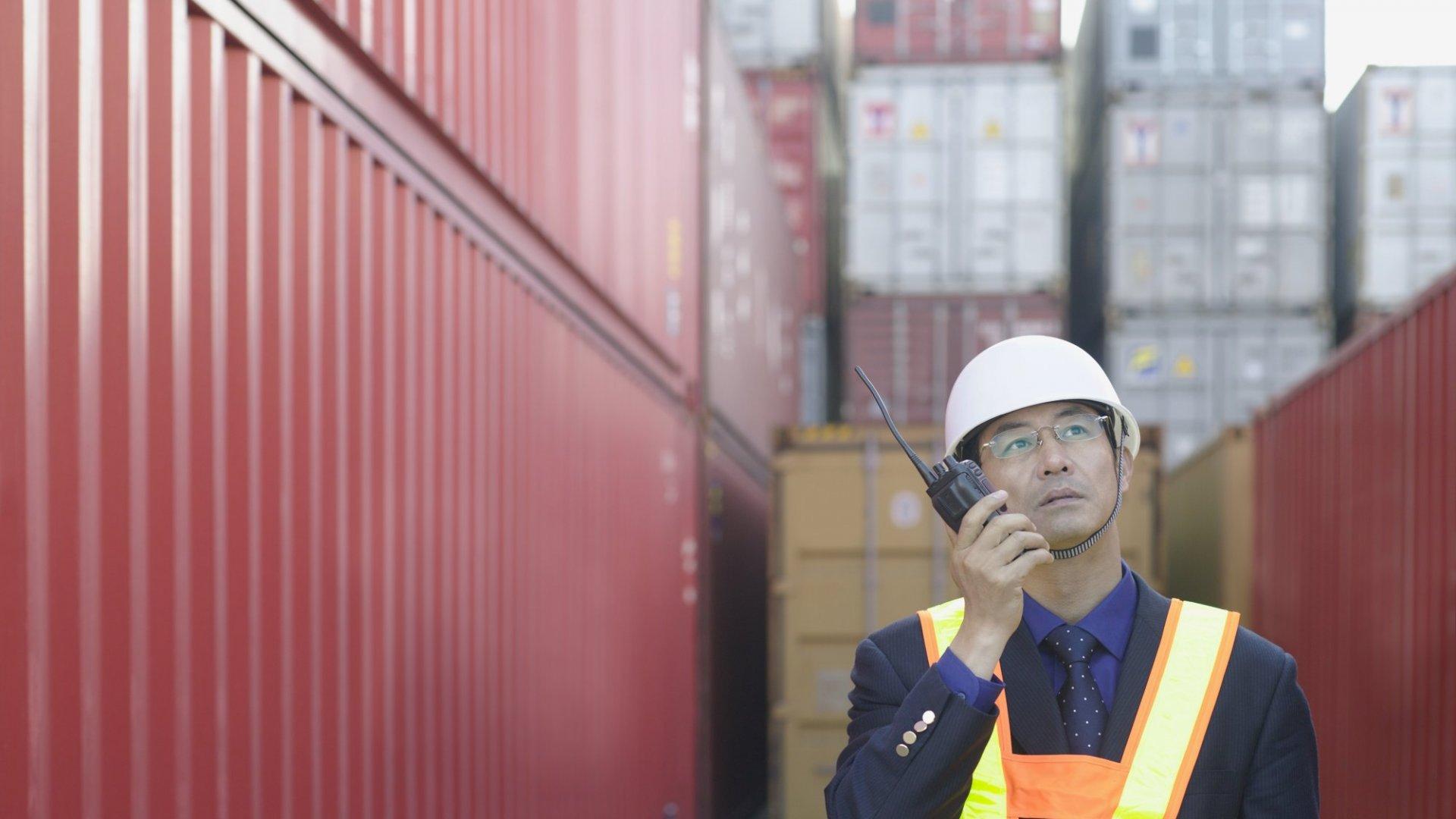 West Coast Dockworker Standoff Intensifies