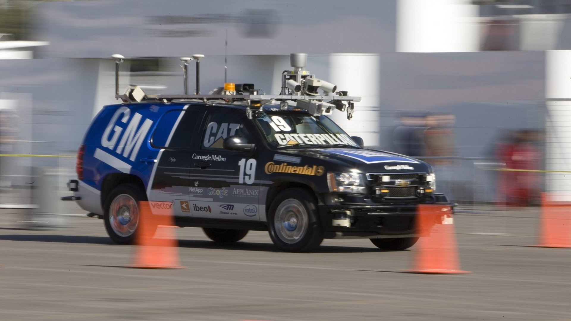 Why Silicon Valley and Detroit Can't Agree About Self-Driving Cars