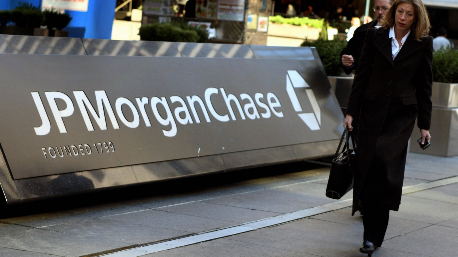 """Will JPMorgan Chase's """"Strategic Investment"""" In FreshBooks Be Enough?"""