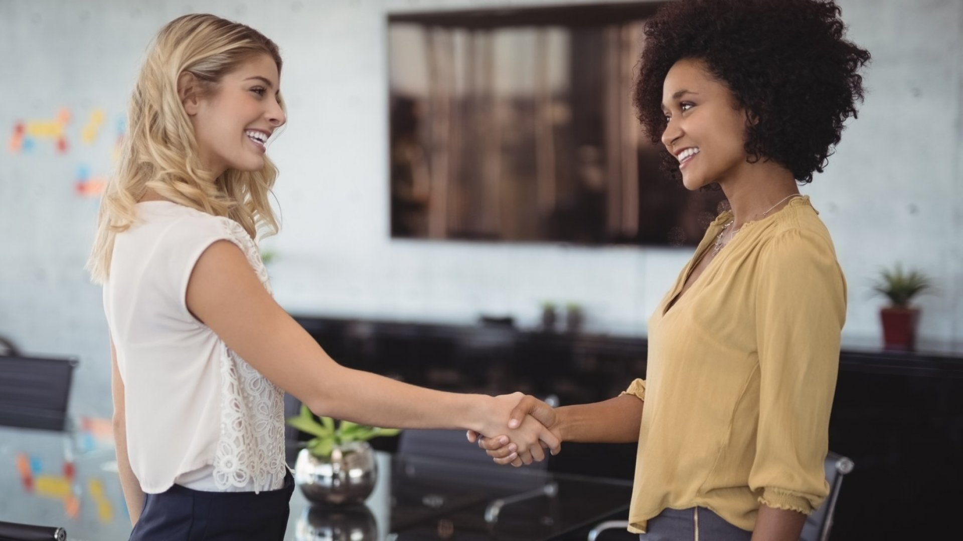 Here's the Surprising Reason Why Your First Impression Is Actually a Lot Better Than You Think