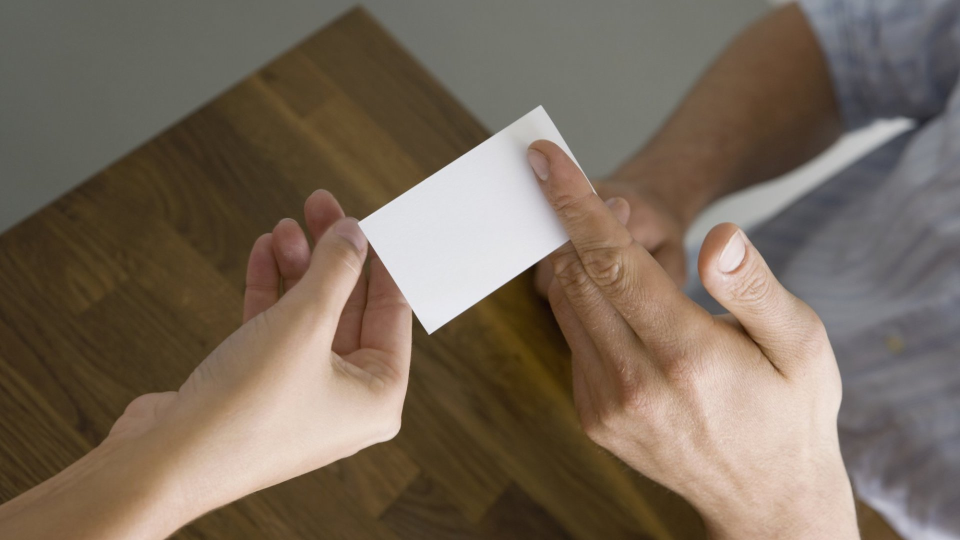 5 Reasons Your Business Card Isn't Getting Noticed