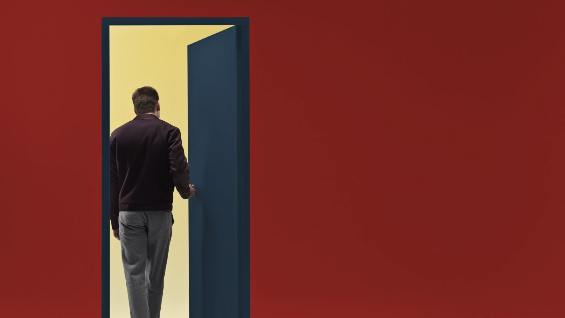 Hire Anyone Who Walks in the Door? In a Tight Labor Market, More Businesses Embrace Open Hiring