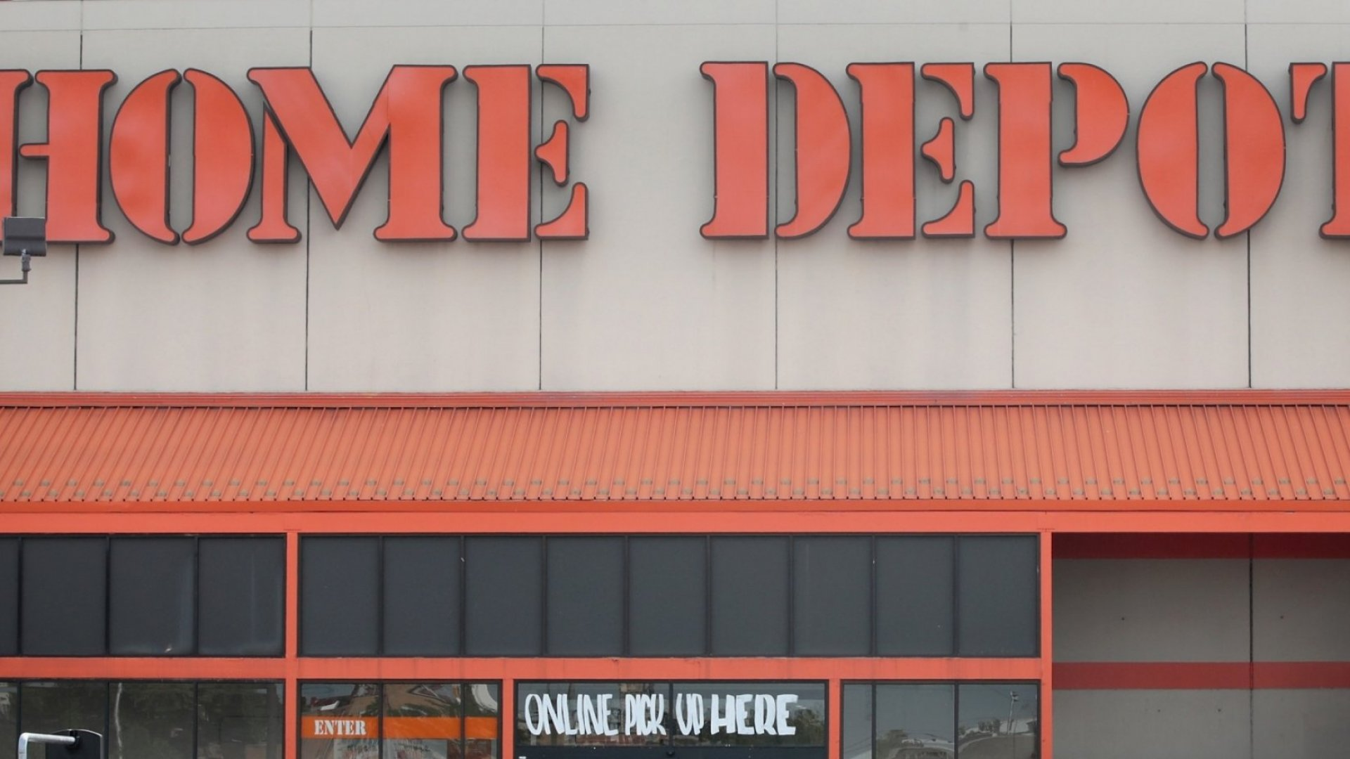 A Couple Walked Into Home Depot. What Happened Next Wasn't the Sort of Customer Service They'd Expected