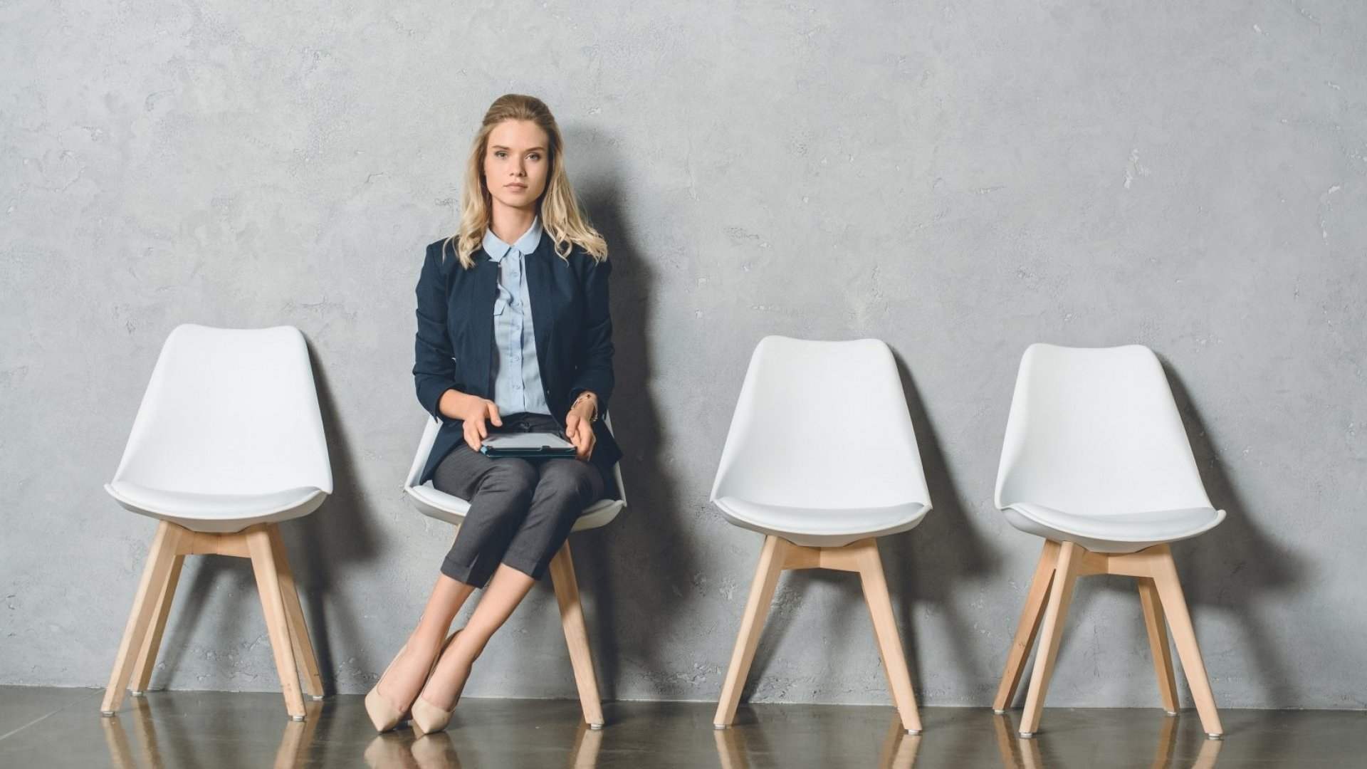 Time to Look for a New Job? These 7 Warning Signs Will Let You Know When It's Time to Go