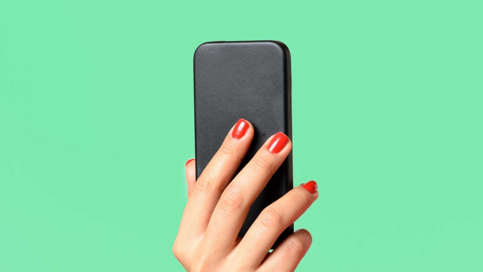 Why Smartphone Use Will Become the New Smoking (and How to Drop the Habit)