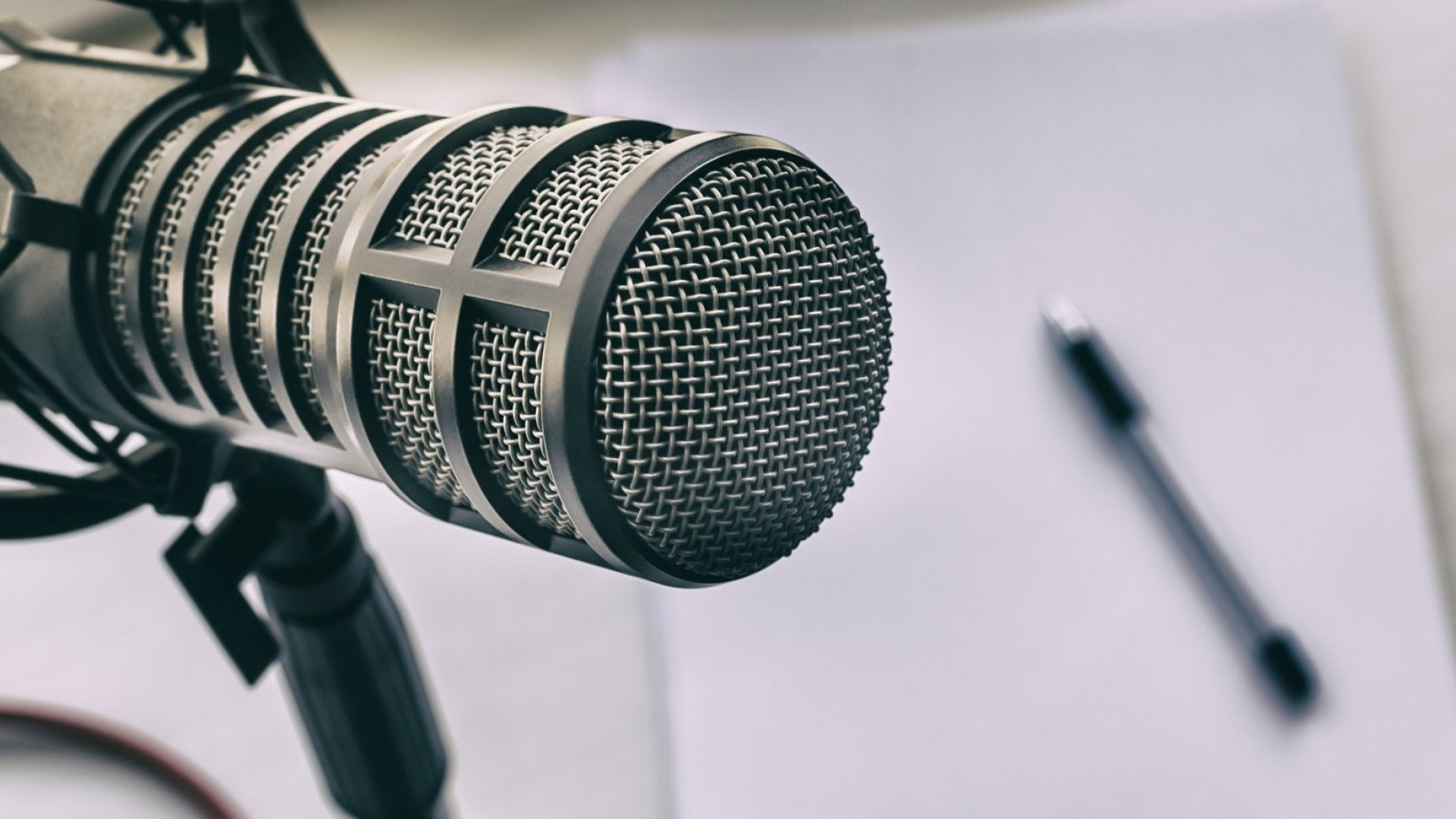Top Podcasters Know How to Grow an Audience. Here's How You Can Too