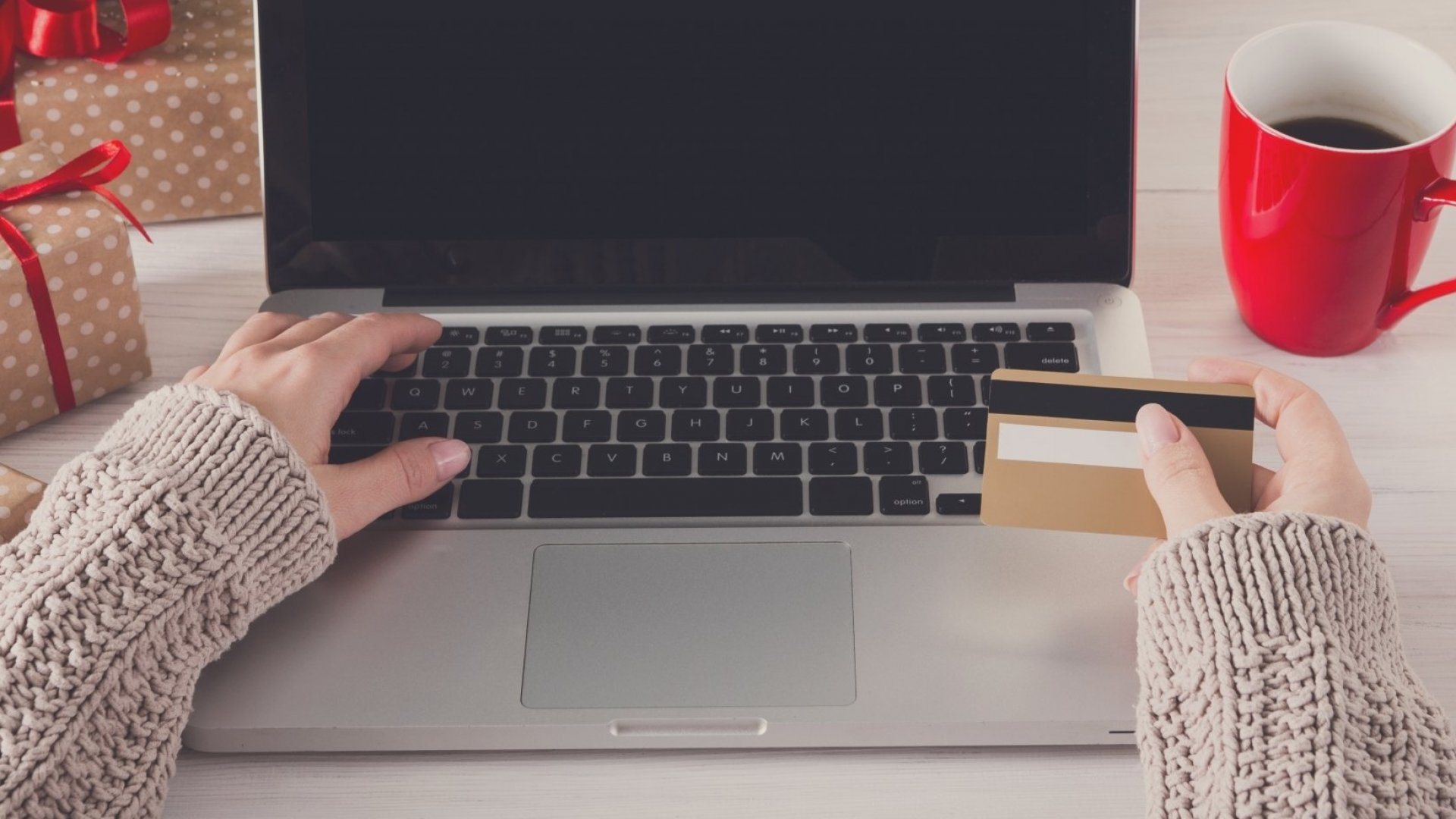 The holiday shopping season can extend far beyond Black Friday with help from ongoing email campaigns.