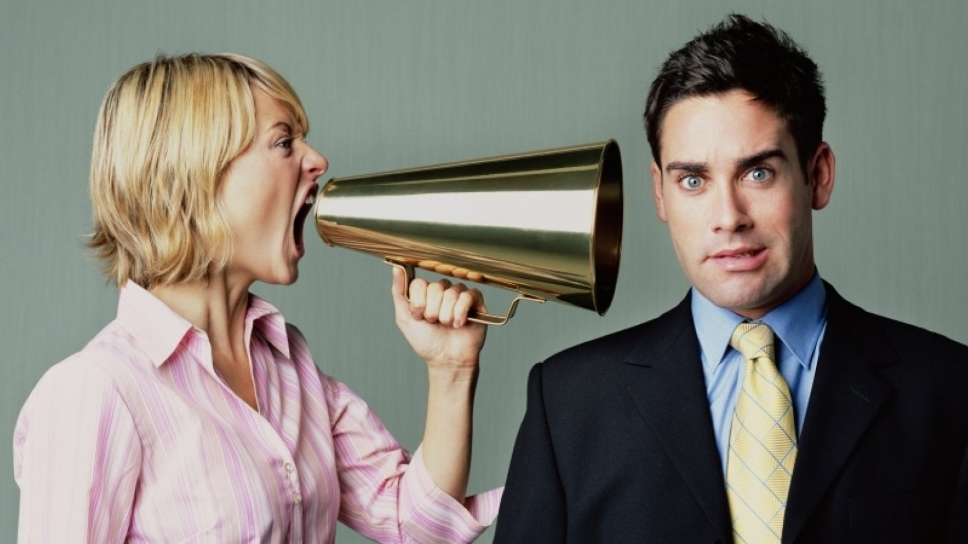 5 Common Mistakes Men Make When They Manage Women