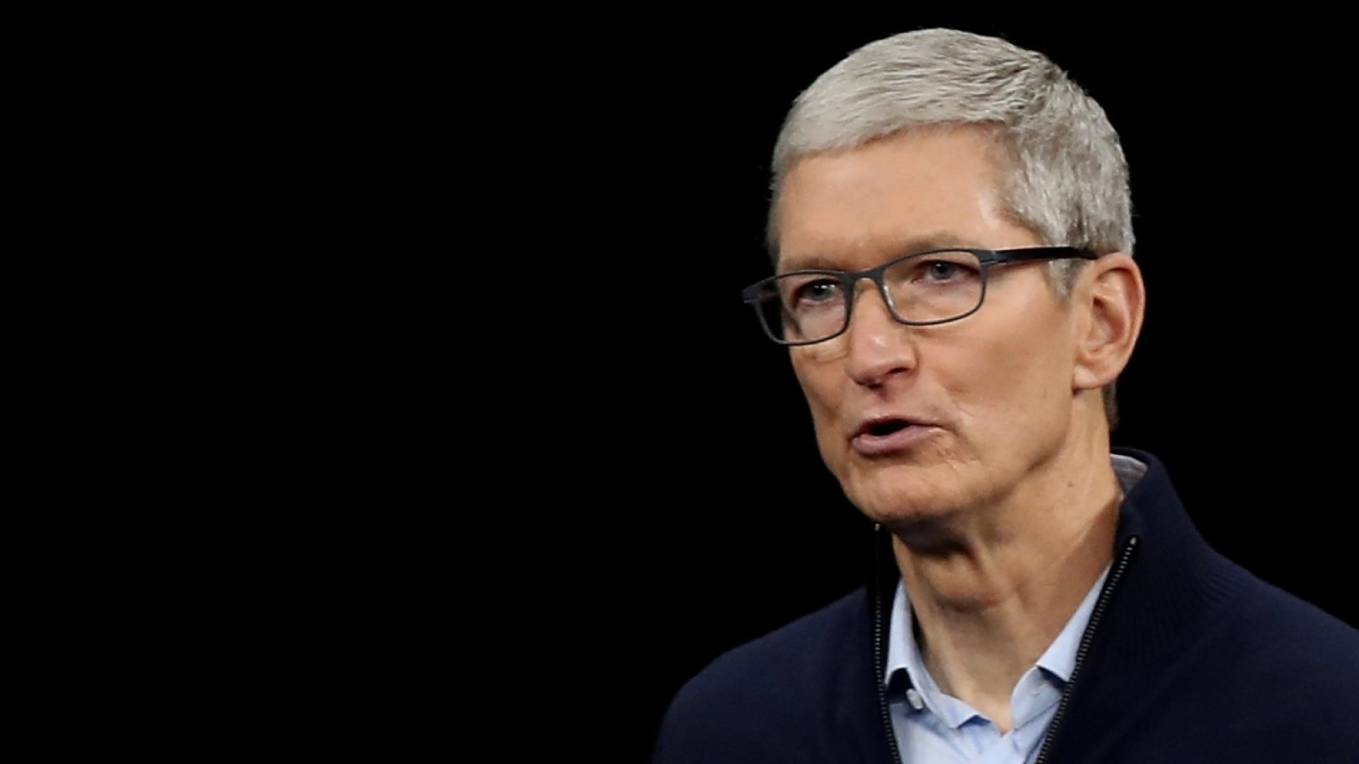 Tim Cook Is a Better CEO Than Steve Jobs Was, Says Biography Author |  Inc.com