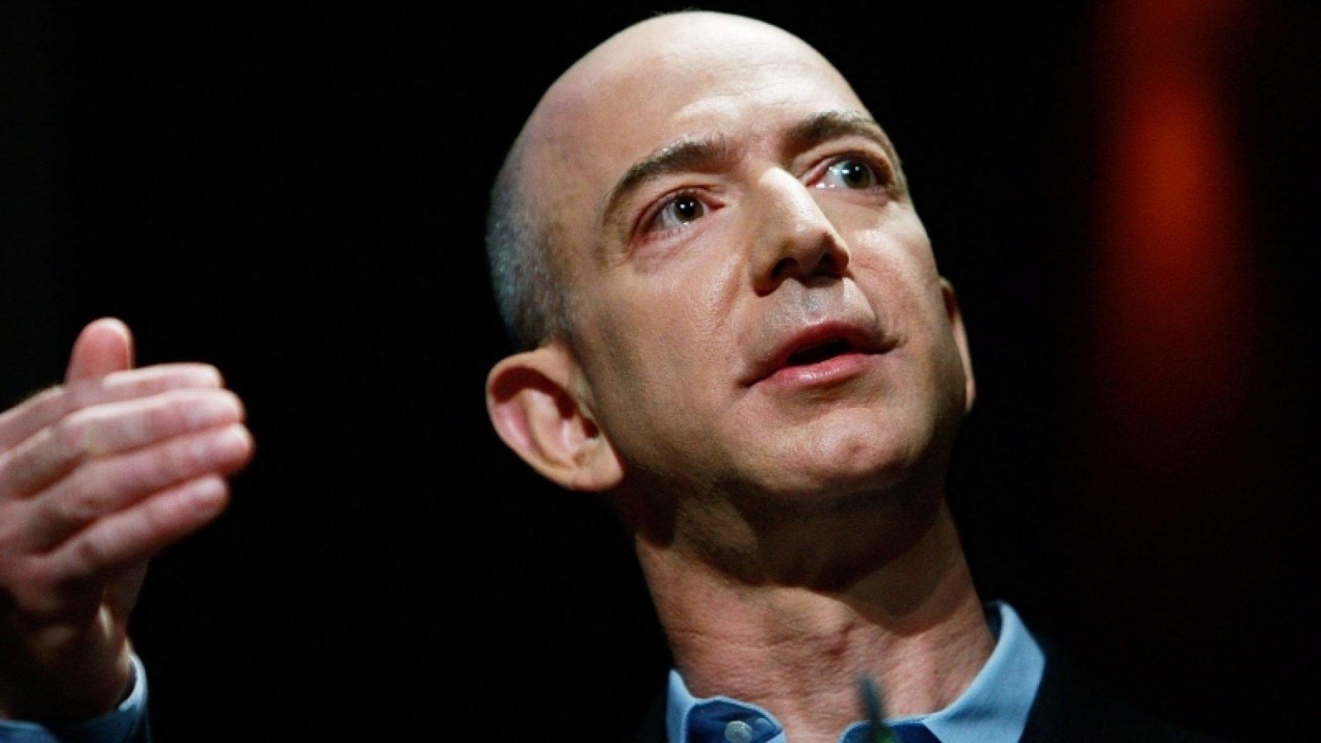 8 Books Jeff Bezos Thinks Every Boss Should Buy