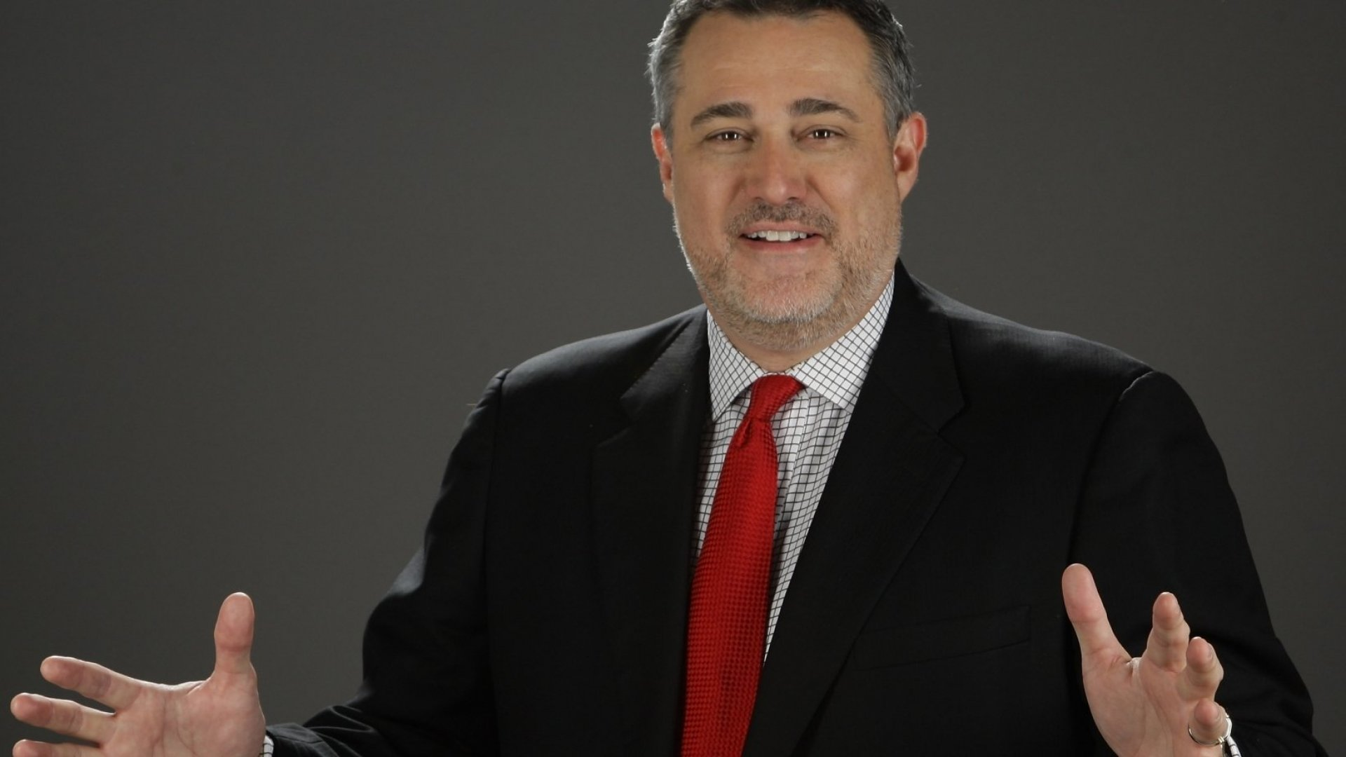How to Be a Business Hero: Insights from Celebrity Entrepreneur Jeffrey Hayzlett