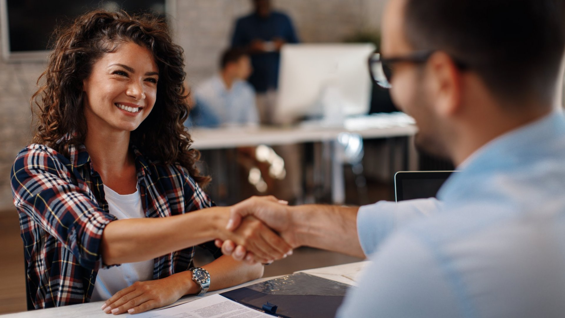 New Job? Here Are 8 Ways to Make a Great Impression in Your First Month