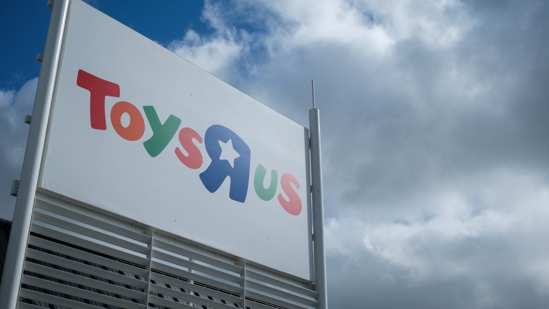 Target Just Made an Amazing Announcement About Toys R Us That Will Make Its Fans Very Happy. (But Oh, the Irony!)