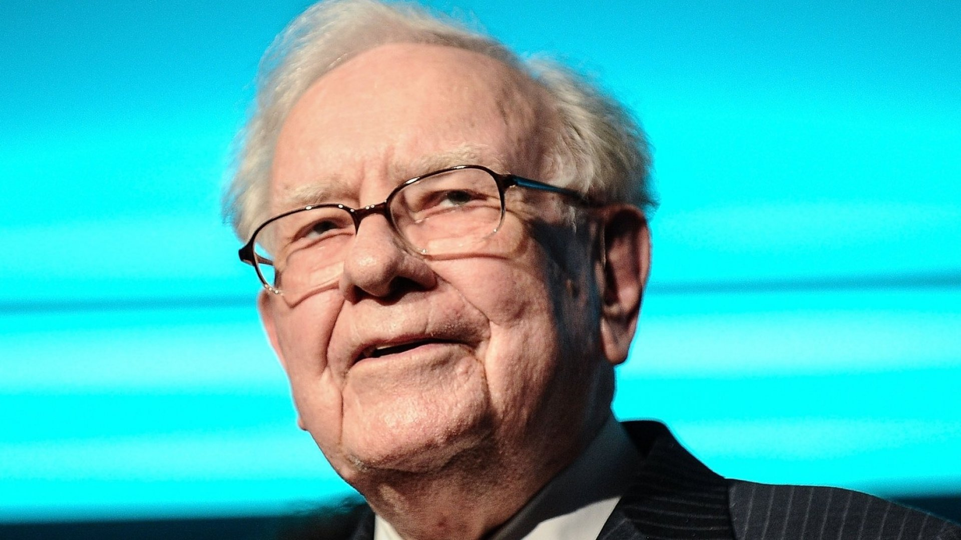 Sharpen Your Communication Skills With This Mental Shortcut That Warren Buffett Used in His Annual Letter