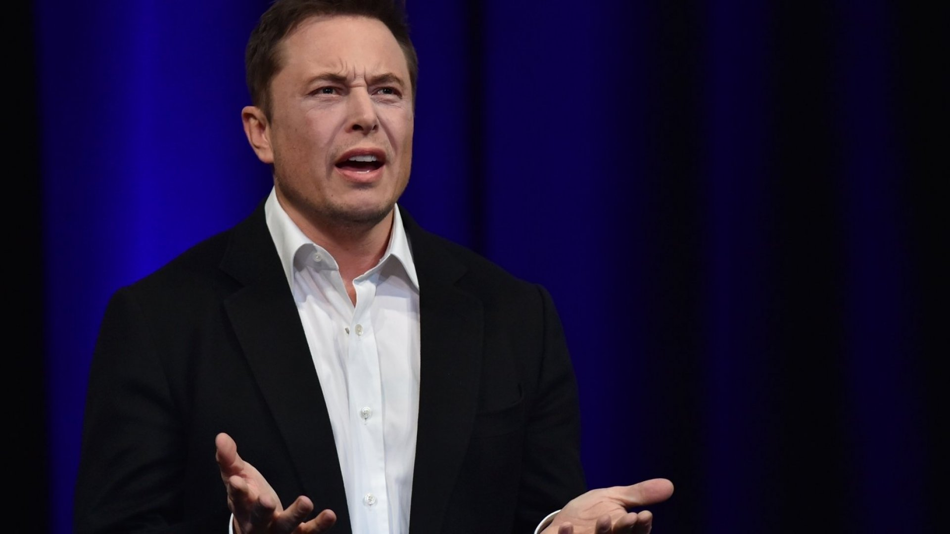 10Head-Shaking Moments From Elon Musk's Stunning Companywide Emails (Including Sunday's 'Big Sabotage' Email)