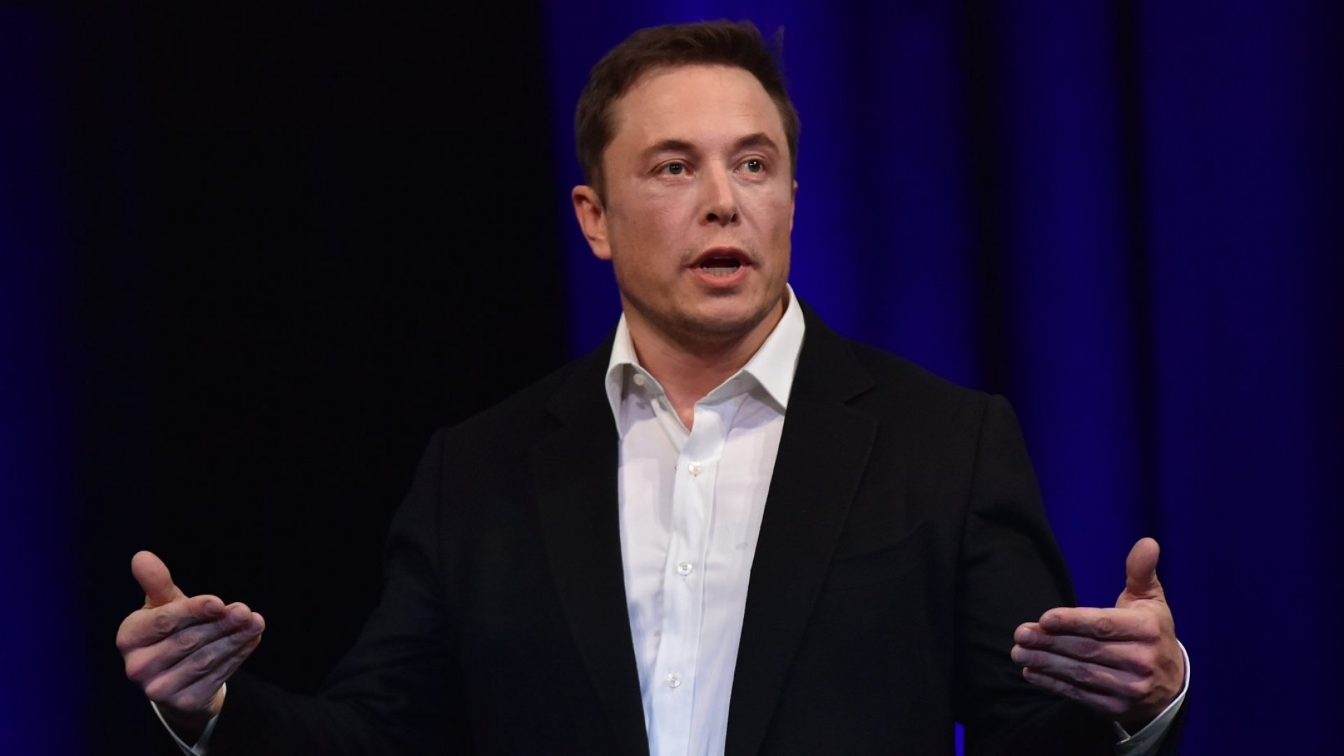 4 Reasons Why Ambitious Entrepreneurs Like Elon Musk and Jeff Bezos Succeed Where Others Fail