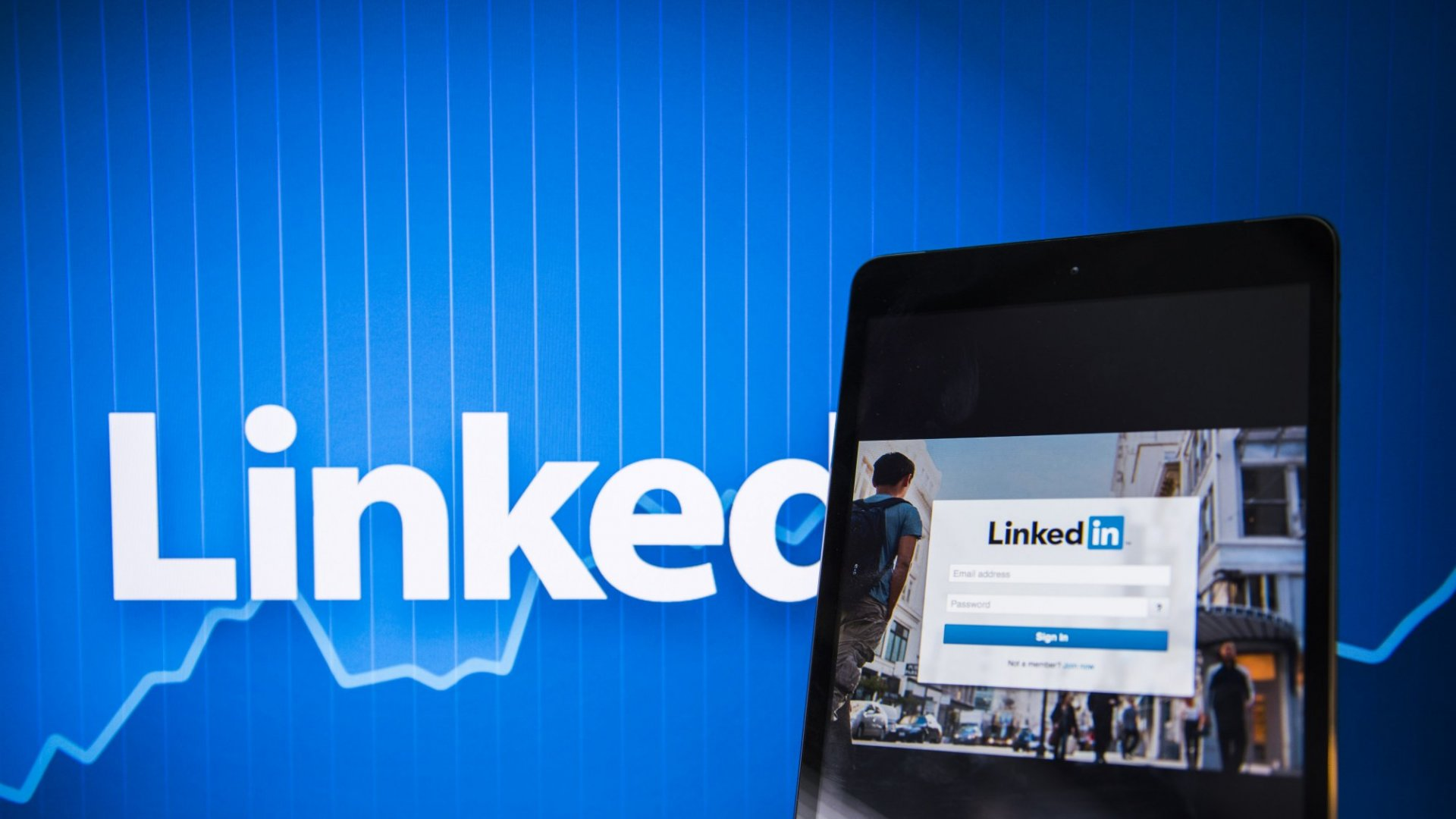 Show Don't Tell: Stop Using Lazy Phrases on LinkedIn If You Want to Stand Out
