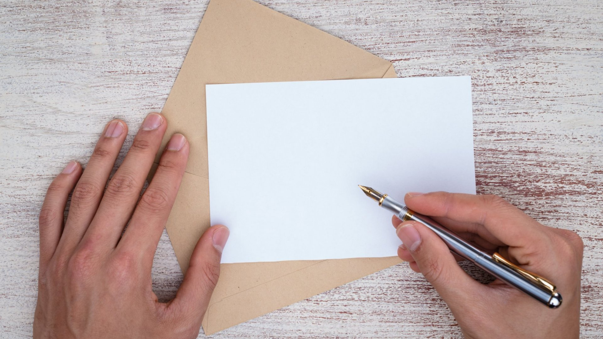 Handwritten Notes Are Still the Best Way to Reaffirm Your Customer Relationships. Here's How to Write a Good One