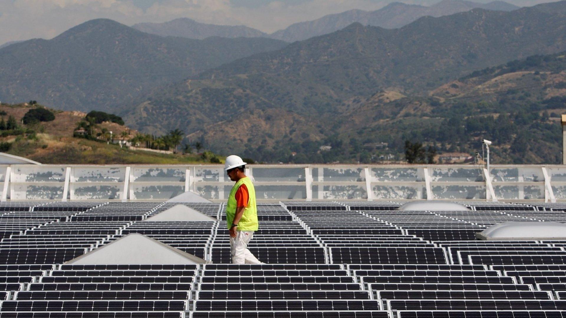 Walmart Sues Tesla Over 7 Rooftop Solar Panel Fires, Blames SolarCity Business Model