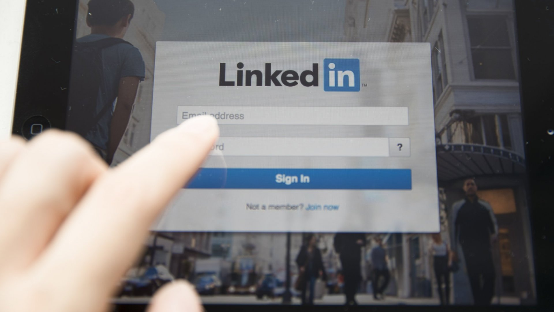LinkedIn Redesigned Your Profile Page. Here Are the 4 Changes You Need to Make Now