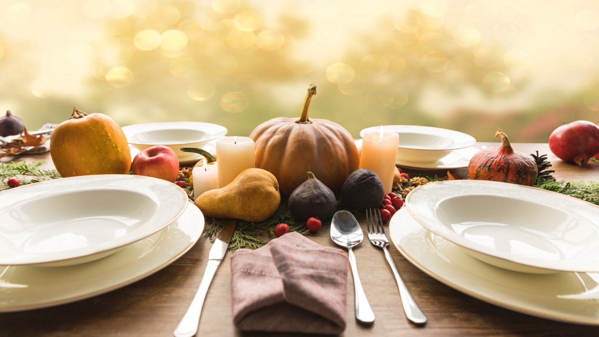 Who Needs Family Drama on Thanksgiving? Pass Around These 35 Questions to Keep the Gratitude Flowing
