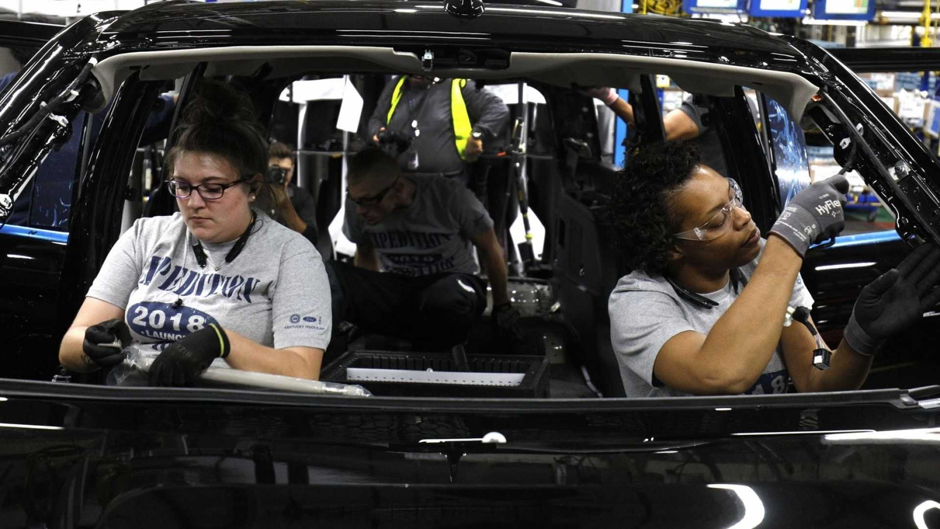 Building a 2018 Ford SUV at a Kentucky plant