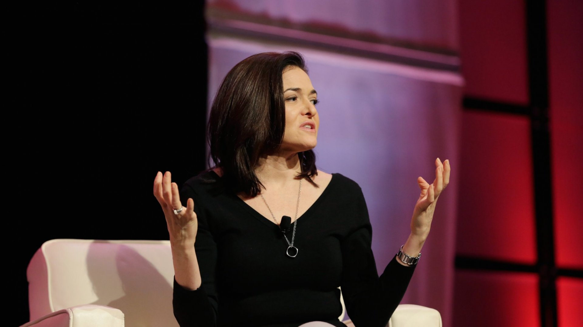 Looking for Ways to Scale Yourself? Sheryl Sandberg Says Do This 1 Thing