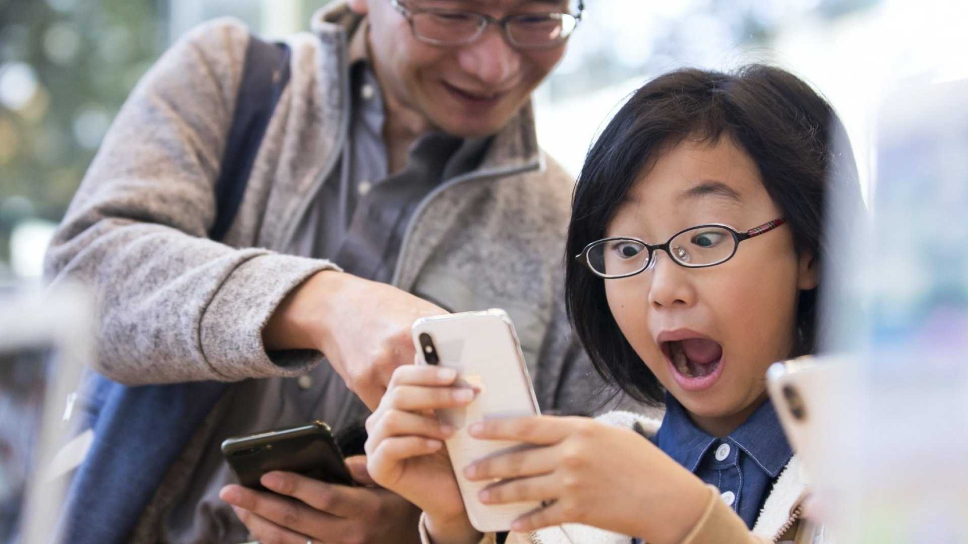 These Major Apple Investors Want to Know If iPhones Are Harmful to Children