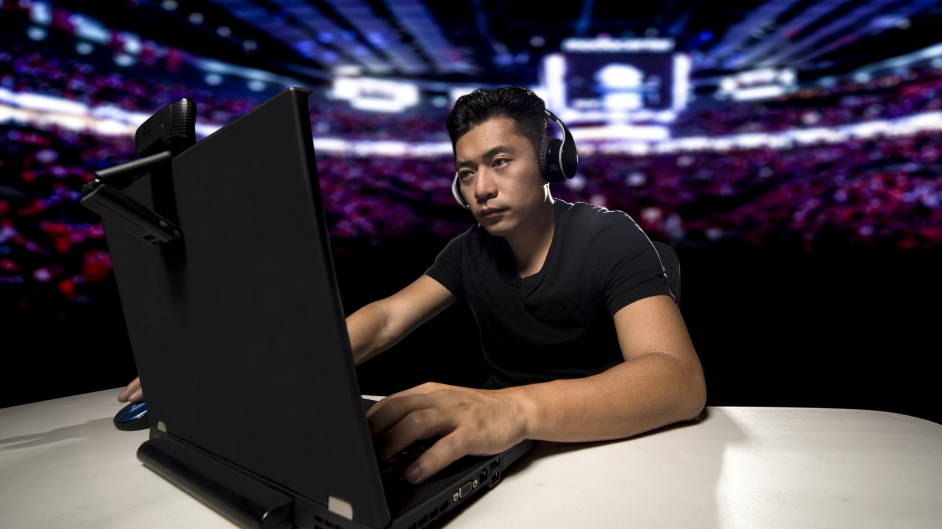 How MGM Resorts Was Convinced to Scrape a Luxor Nightclub for an Esports Arena