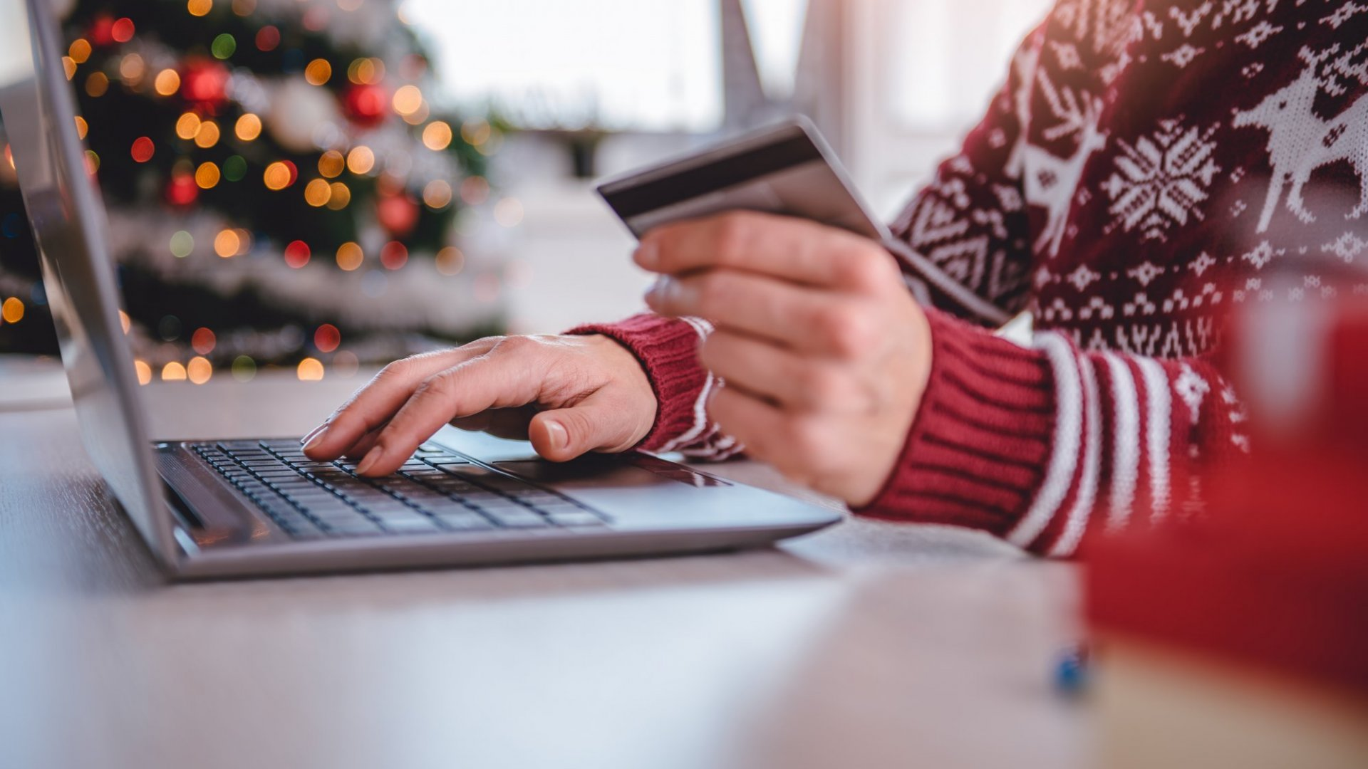 It's Cyber Monday and Your Employees Are Shopping at Their Desks