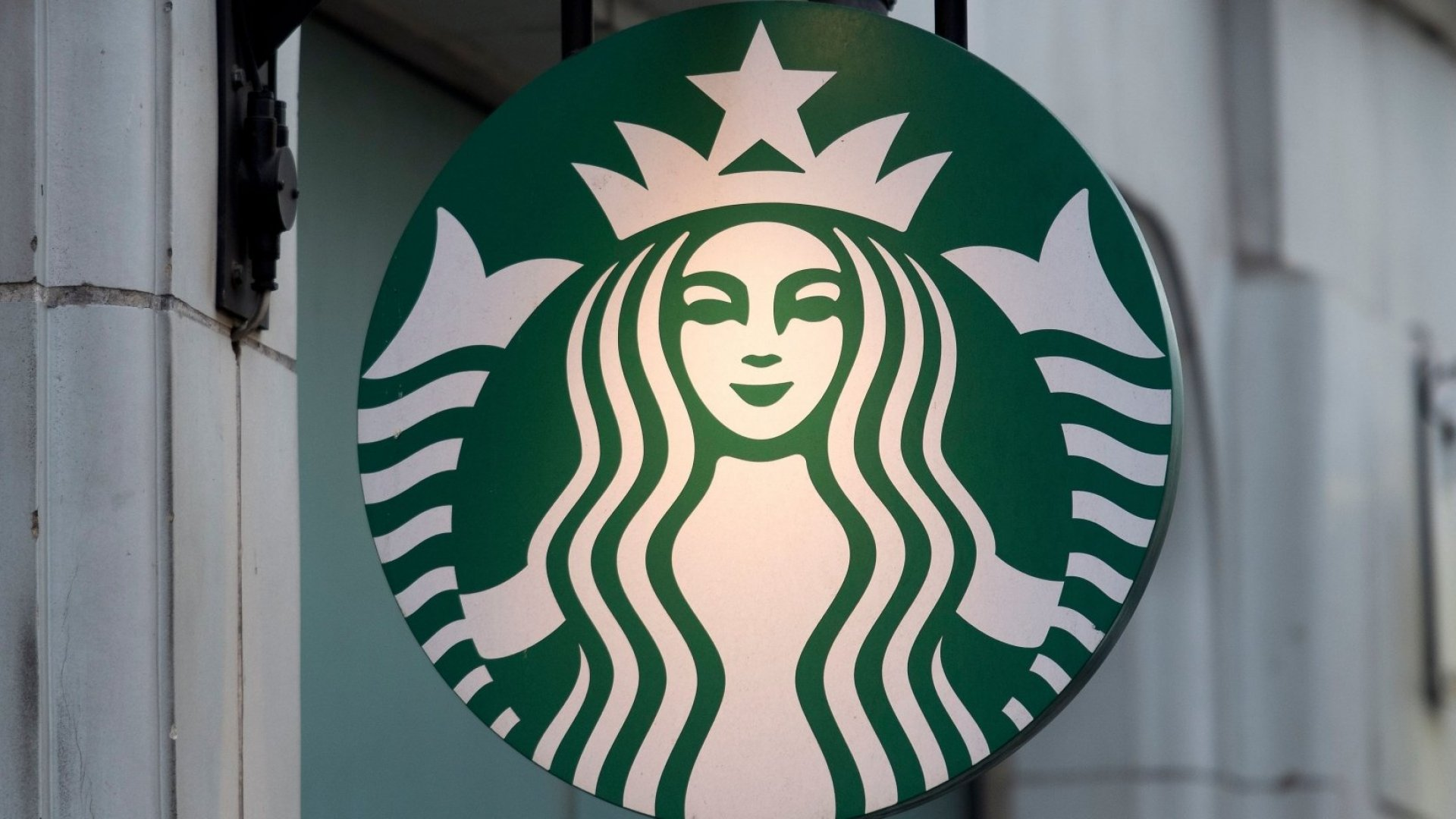 Starbucks Is About to Take a Controversial Step That Will Make Employees Very Unhappy